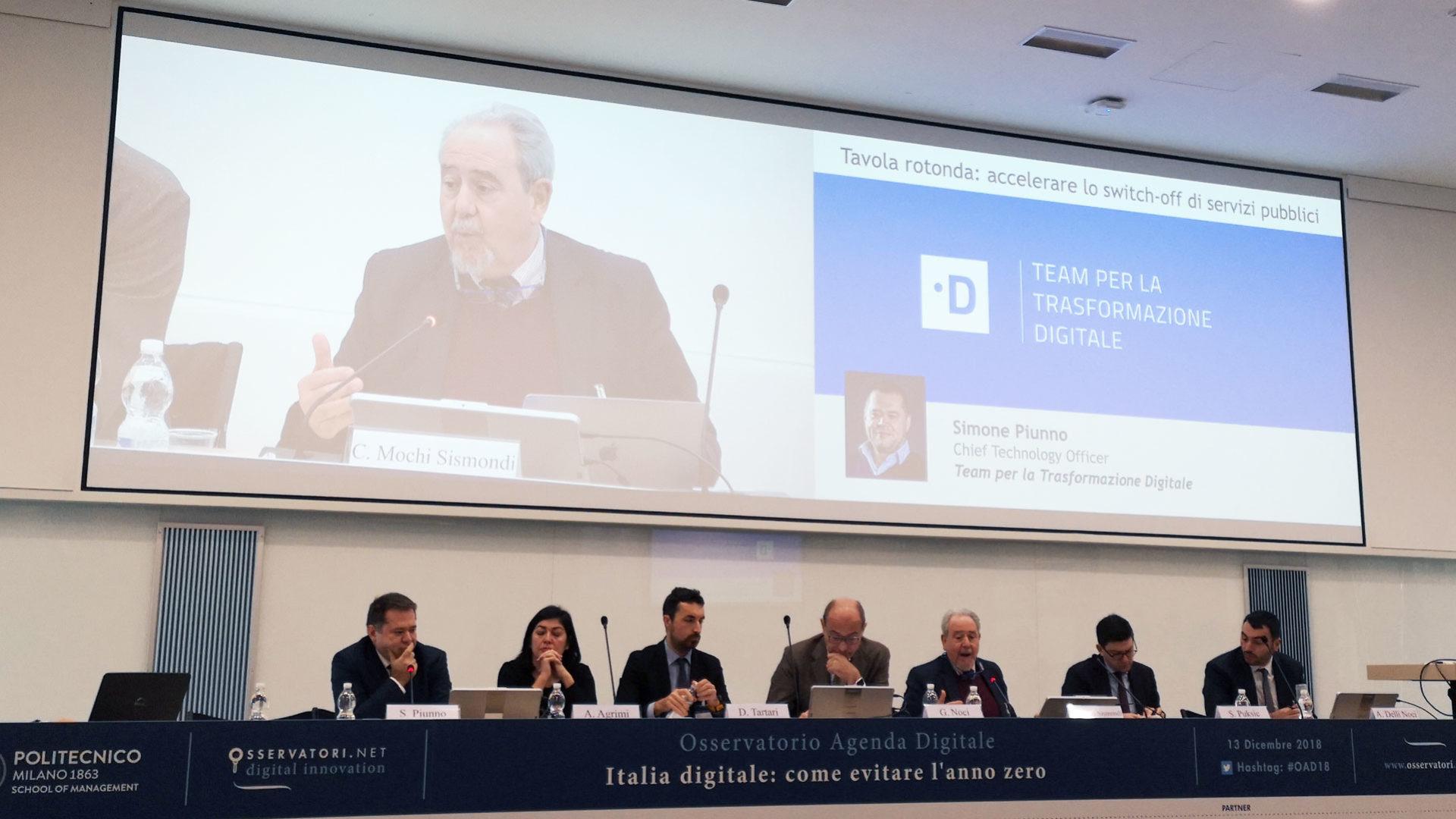 da sinistra nella foto: Simone Piunno, Adriana Agrimi, Dimitri Tartari, Giuliano Noci, Carlo Mochi Sismondi, Simone Puksid, Alessandro Delli Noci