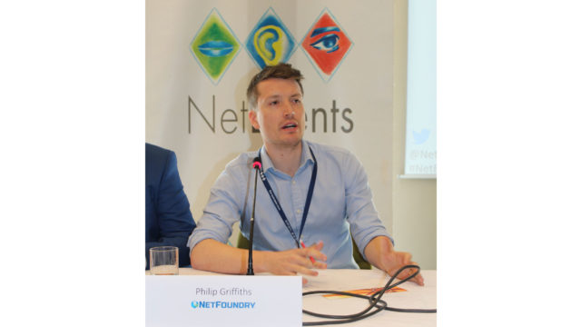 Foto di Philip Griffiths, NetFoundry