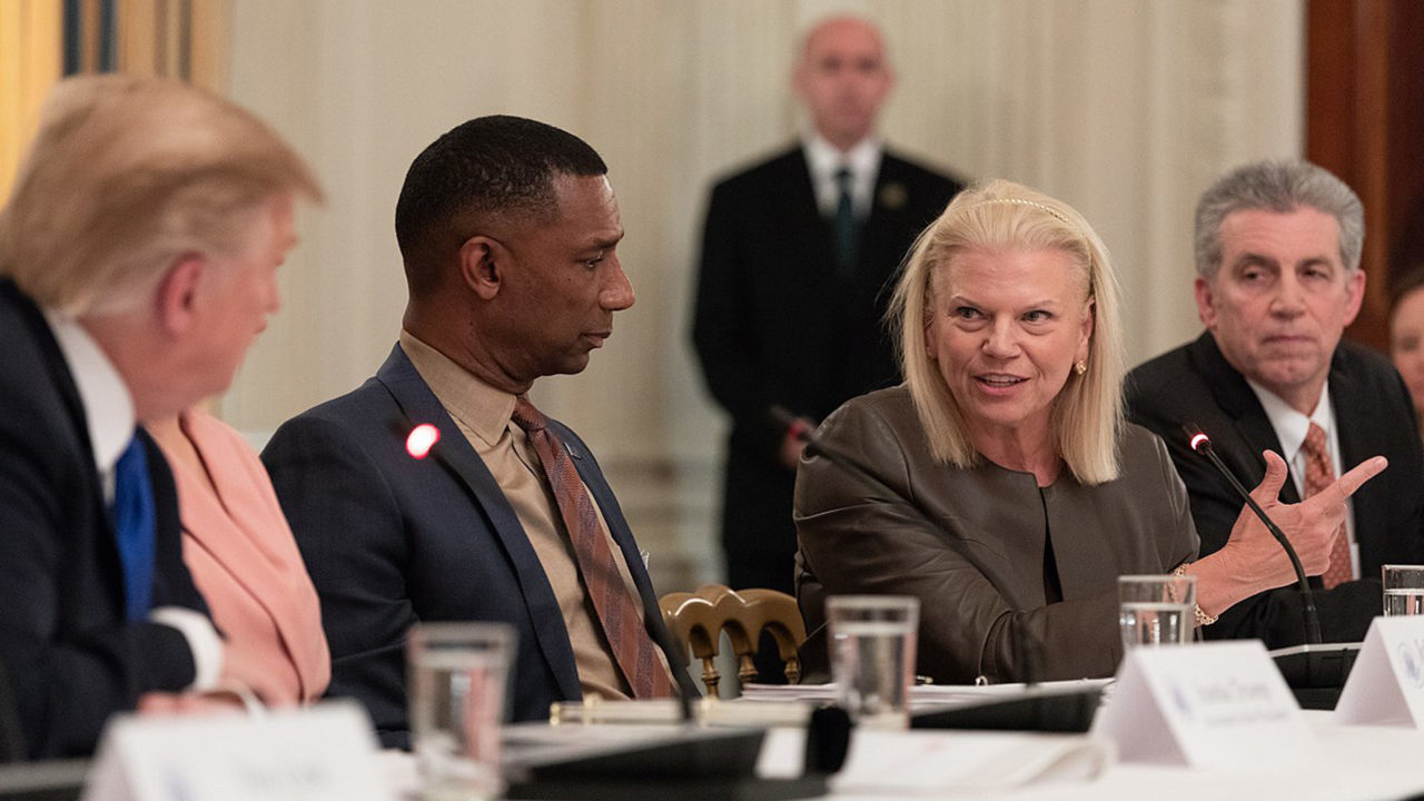 foto Ginni Rometty IBM con Trump
