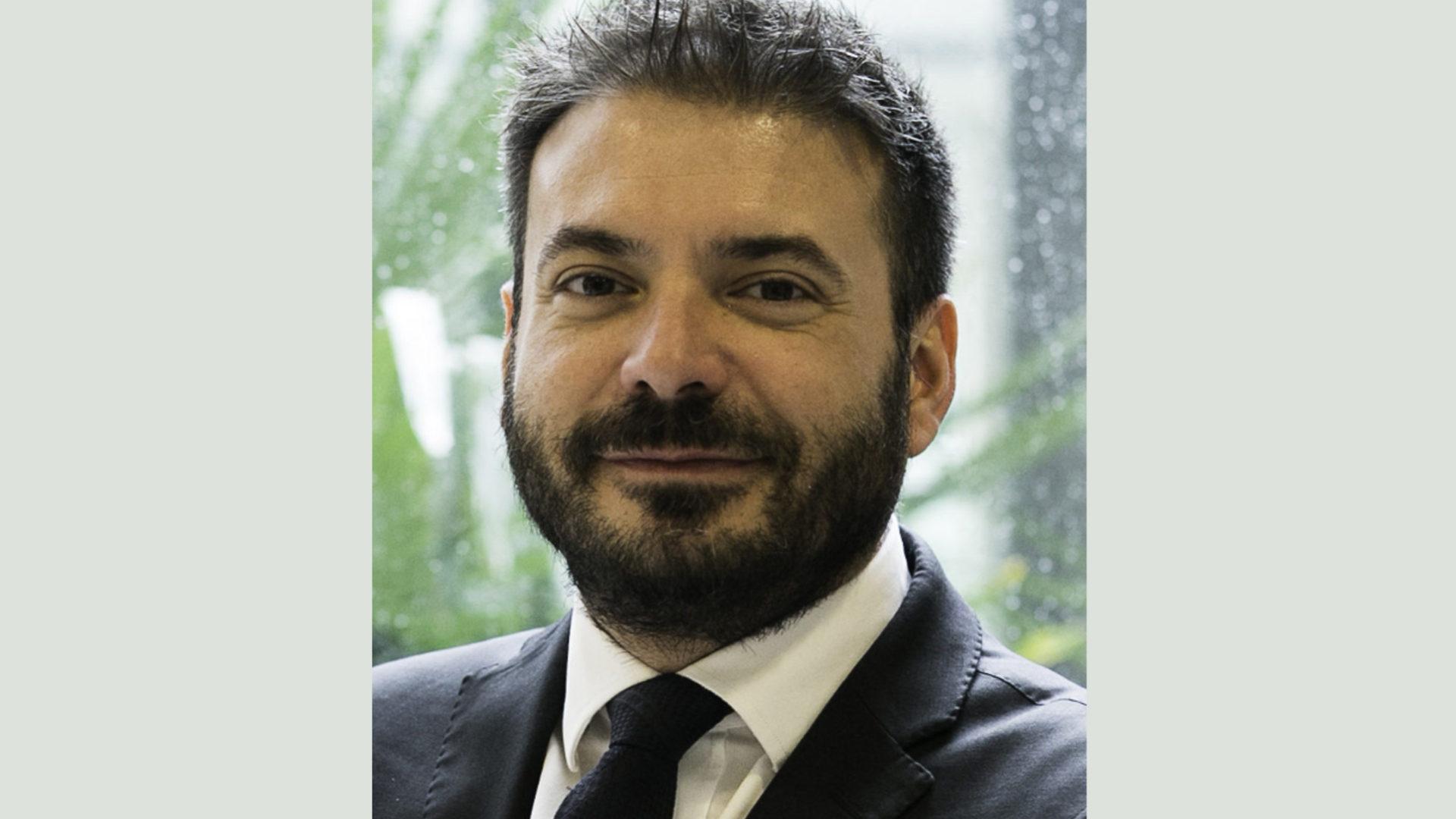 foto Alessio Pennasilico illustra i dati del Rapporto Clusit 2020